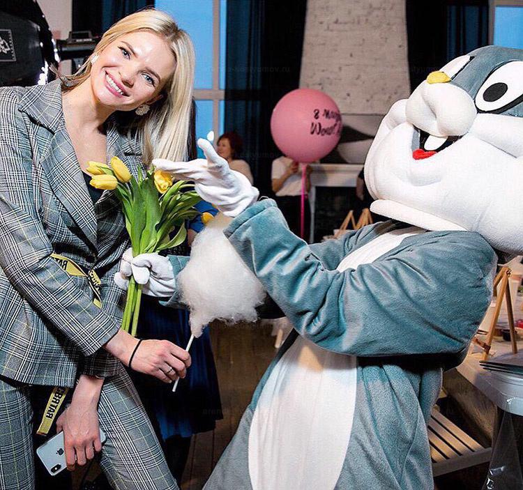 Отзыв об аренде ростовой куклы заяц от arenda-kostyumov.ru